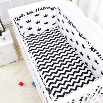 Baby 5 Piece Crib Bedding Set / Bumpers - 100 % Cotton - Free Shipping - Black Chevrons