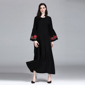 Pure Color Vacation Embroider Long Dress Women Round Neck Flare Long Sleeve Black Summer Maxi Dress For Women vestidos