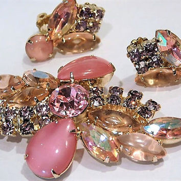 Vintage Juliana DeLizza Elster D & E Rhinestone Brooch Earrings Set Demi Parure D E  Pink Art Glass Wedding Mid Century 1960s Hollywood
