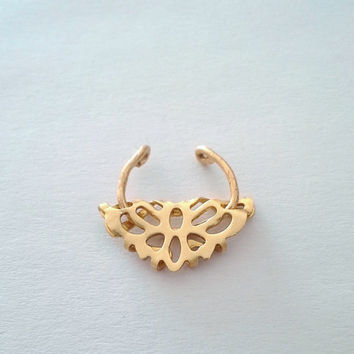 Gold Tribal Crescent Curved Fake Septum Ring- No piercing - Nose Clip -Septum- Septum Ring- Septum Cuff- Faux Piercing For him/For her