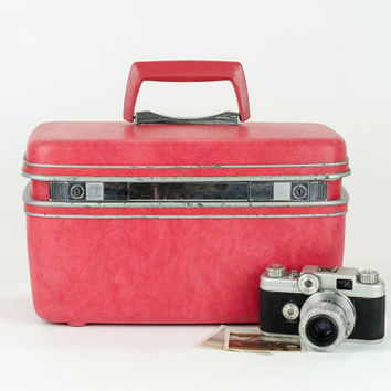 Vintage Red Samsonite Train Case / Small Mid Century Suitcase