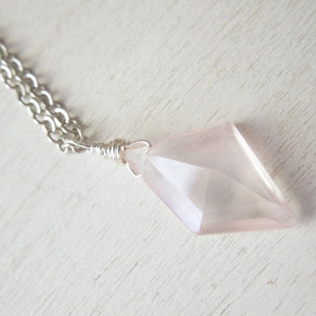 Rose Quartz Briolette Necklace - Delicate Pink Rose Quartz Rhombus Briolette Necklace Silver Chain stone no.2