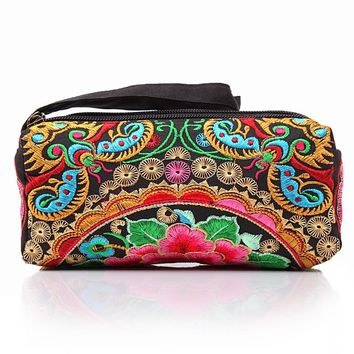 2017  National trend women's purse organizer wallets Embroidered day cluth keychain holder bag ladies travel pouch