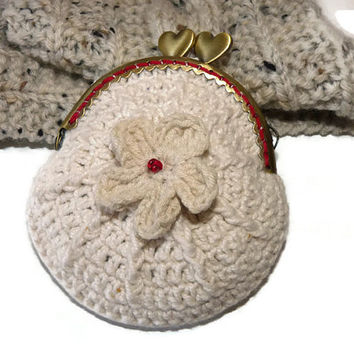 Crochet coin purse  / white coin purse  / Flower coin purse / Crochet accessories