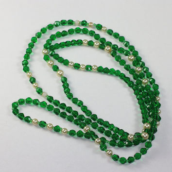 Green Crystal and Faux Pearl Necklace Flapper Length