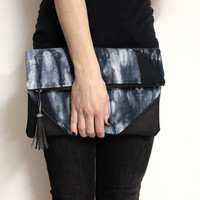 Black Shibori Bag, Fold Over Clutch, Hand Dyed Clutch, Black Gray Clutch, Shibori Foldover Clutch, Tie Dye Bag,Hand Dyed Purse,Tassel Clutch