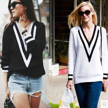 DCCK7XP Fall Fashion Sweater Deep V Neck Black and White Loose Sweater