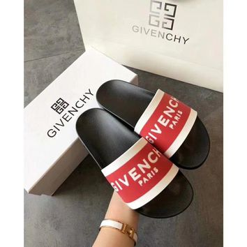 GIVENCHY Paris SLIPPERS