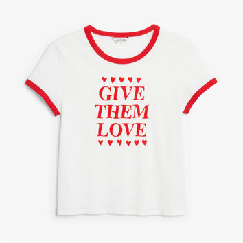 Statement tee - Give them love / White - Tops - Monki GB