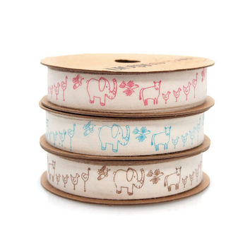 Farm Animals Print Ivory Cotton Ribbon, 5/8-inch, 10-yard