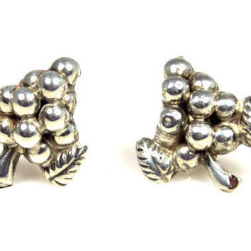 Art Deco Sterling Silver Figural Grape Cluster Screw Back Earrings Mexico
