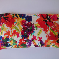 Flowered wallet, wallet in cotton satin matching with the  red flowered and soft green bag,
