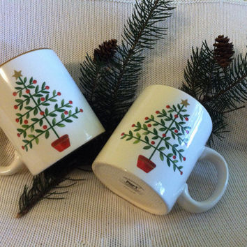 Christmas Tree Mugs Modern Minimalist Red Green Tan Xmas Vintage Hand Painted Dolomite Mugs Yule Tannenbaum Cups Christmas in July EtsyCIJ