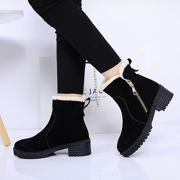 Winter thick heel Women Ankle Boots 2017 Round Toe Platform With Fur Woman Boots Fashion Zipper Thick Martin boots
