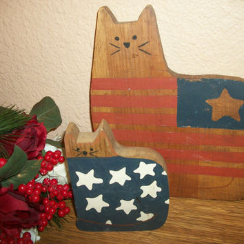 Rustic Wood Cat and Kitten Americiana Home Decor Red White Blue Stars Stripes American Flag Hand Painted Wood Animals Primitive Folk Art