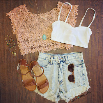 Ivy Lace Top - Peach