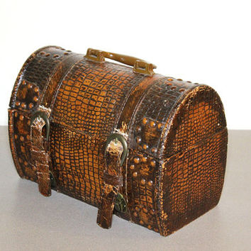 Brown Crocodile Leather Velvet Lined Antique Jewelry Box Mini Treasure Chest