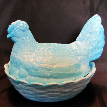 Blue Swirled Hen on Nest with split tail, Candy Dish