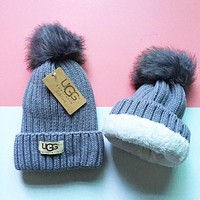 "Hot Sale ""UGG"" Winter Fashionable Couple Warm Velvet Knit Hat Cap Grey"