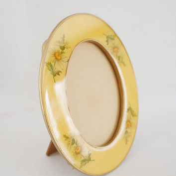 Vintage Enameled Cloisonne Picture Frame - Oval, Yellow, Floral, 60s, 70s, Wood, Marbled, Enamel Frame, sixties, daisies, daisy