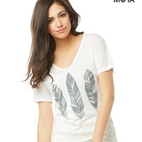 FEATHERS V-NECK GRAPHIC T