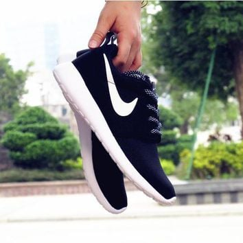 """""""NIKE"""" Roshe One Women Casual Sport Shoes Sneakers Black white H Z"""