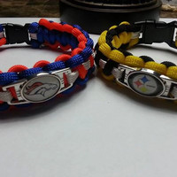 Paracord Bracelet for adults and children made to order with the image of your favorite team