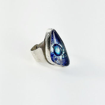 Blue Stone Ring - Triangle Blue Stone Ring Size 8 - Blue Bubble Glass Stone Ring - Mod Sterling Ring