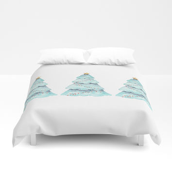 christmas tree Duvet Cover by Sylvia Cook Photography