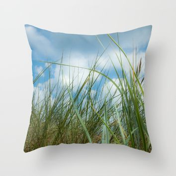 Dreaming in the grass Throw Pillow by Tanja Riedel