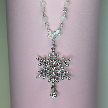 Christmas Necklace, Snowflake Pendant Necklace, Swarovski Snowflake, Sterling Silver, Christmas Jewelry, Holiday Necklace
