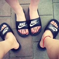 One-nice™ NIKE Casual Fashion Solid Color Flats Slipper Sandals Shoes