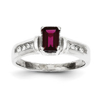 10k White Gold Rhodolite Garnet & .08ct Diamond Ring 10X61