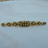 Sarah Coventry Unnamed Goldtone Bar Brooch Signed Sarah