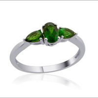 Russian Diopside (Ovl) 3 Stone Ring in Sterling Silver Nickel Free (Size 5) TGW 1.00 cts.
