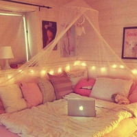 girly, bedroom, apple mac, pink, cute, bedroom ideas, bed, teenagers - image #1970689 by KSENIA_L on Favim.com