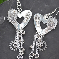 steampunk silver heart earrings dangling gears key charms steampunk boho hipster fantasy goth gypsy hippie style