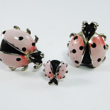 Swank Ladybug Cufflinks & Tie Tack Set Pink / Black Enamel Flying Insect SWANK Figural Novelty Lady Bug Mens Jewelry Set Vintage Rare 1950s