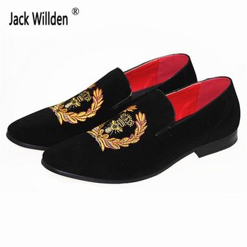 Men's Fashion Suede Leather Embroidery Loafers Mens Casual Printed Moccasins Oxfords Shoes Man Party Driving Flats EU size 38-45