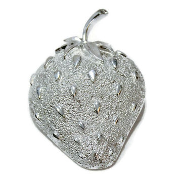 Sarah Coventry Large Strawberry Brooch In Silver Tone