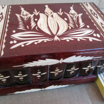 Exquisite Hungarian Wooden Jewelry Box w/ Lock & Key (Chestnut)