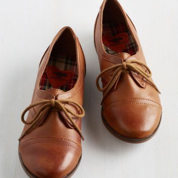 Menswear Inspired Readily Reliable Flat in Caramel