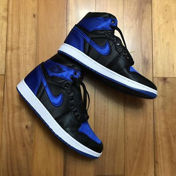 DCCKFX2 Jordan 1 Retro Satin 'Royal' 921193-007