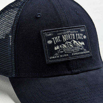 The North Face Mudder Trucker Hat - Urban Outfitters