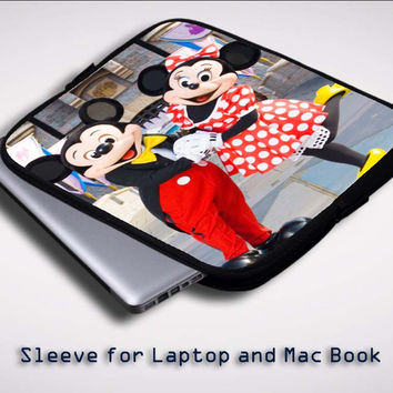 Disney X0342 Sleeve for Laptop, Macbook Pro, Macbook Air (Twin Sides)