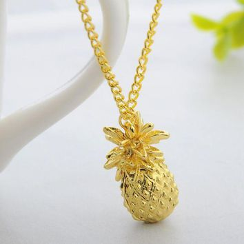 Creative Metal Pineapple Pattern Pendant Necklace + Nice Gift Box Graeat Gifts