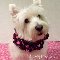 Hearts A Glitter Valentine Dog Scrunchie Neck Ruffle