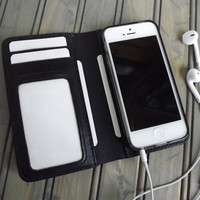 Personalized iPHONE 5 Hand-Stitched Leather Wallet Case Sleeve Black Vegetable Tanned Leather (Free Monogramming)