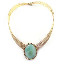 Ritzy Oval Pendent Women Necklace