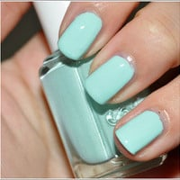 Essie Polish 7 Apple Mint Candy 15mL